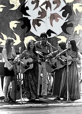 [Photo:Joni Mitchell Judy Collins Joan Baez]