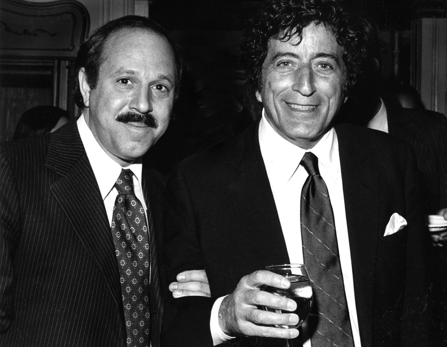 [Photo:Robert Altman and Tony Bennett]