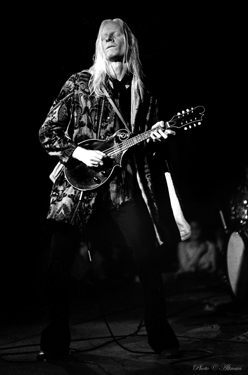 Portrait-Johnny Winter