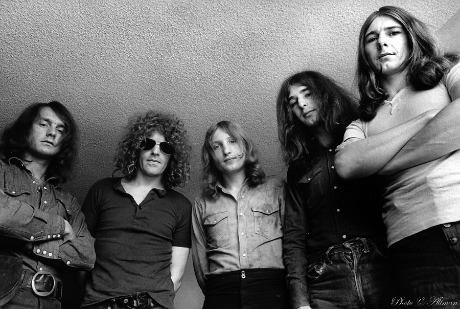 Photo- Mott the Hoople